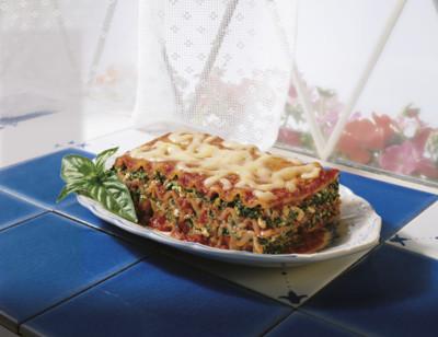 Gluten Free Garden Vegetable Lasagna/Sans Gluten Lasagne Aux Légumes Du Jardin standard image