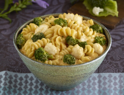 Broccoli Cauliflower, Pasta in Cheddar Cheese Sauce - Meals for Two