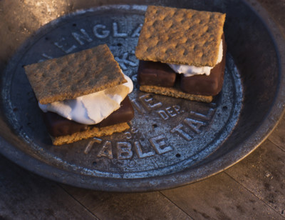 Amy's Candy Bar S'mores