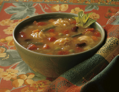 Organic Minestrone Soup, Light in Sodium standard image