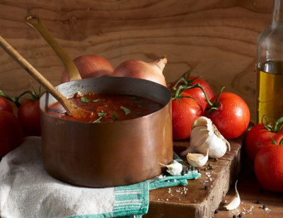 Organic Tomato Basil Pasta Sauce standard image