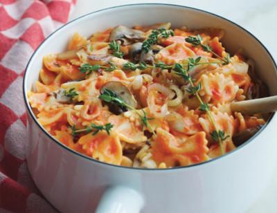 Farfalle Pasta with Creamy Tomato Sauce