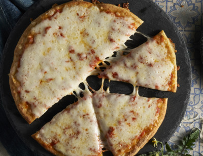 Cheese Veggie Crust Pizza standard image