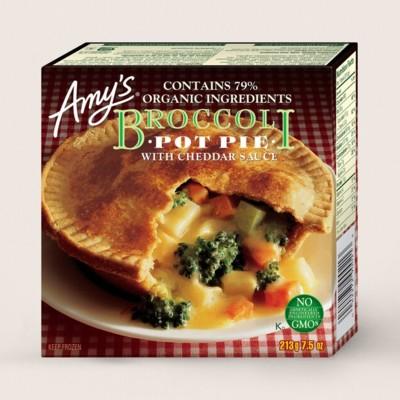 Broccoli Pot Pie/Pâte Au Brocoli Avec Sauce Au Cheddar